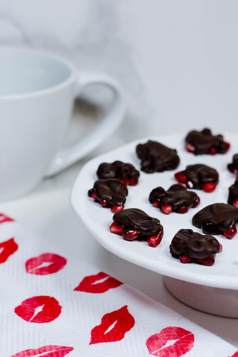Pomegranate Gushers - Quartz & Leisure