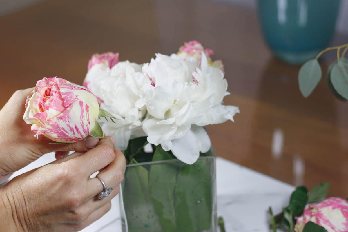 How to Arrange Flowers Like a Pro-Part 2 - Quartz & Leisure
