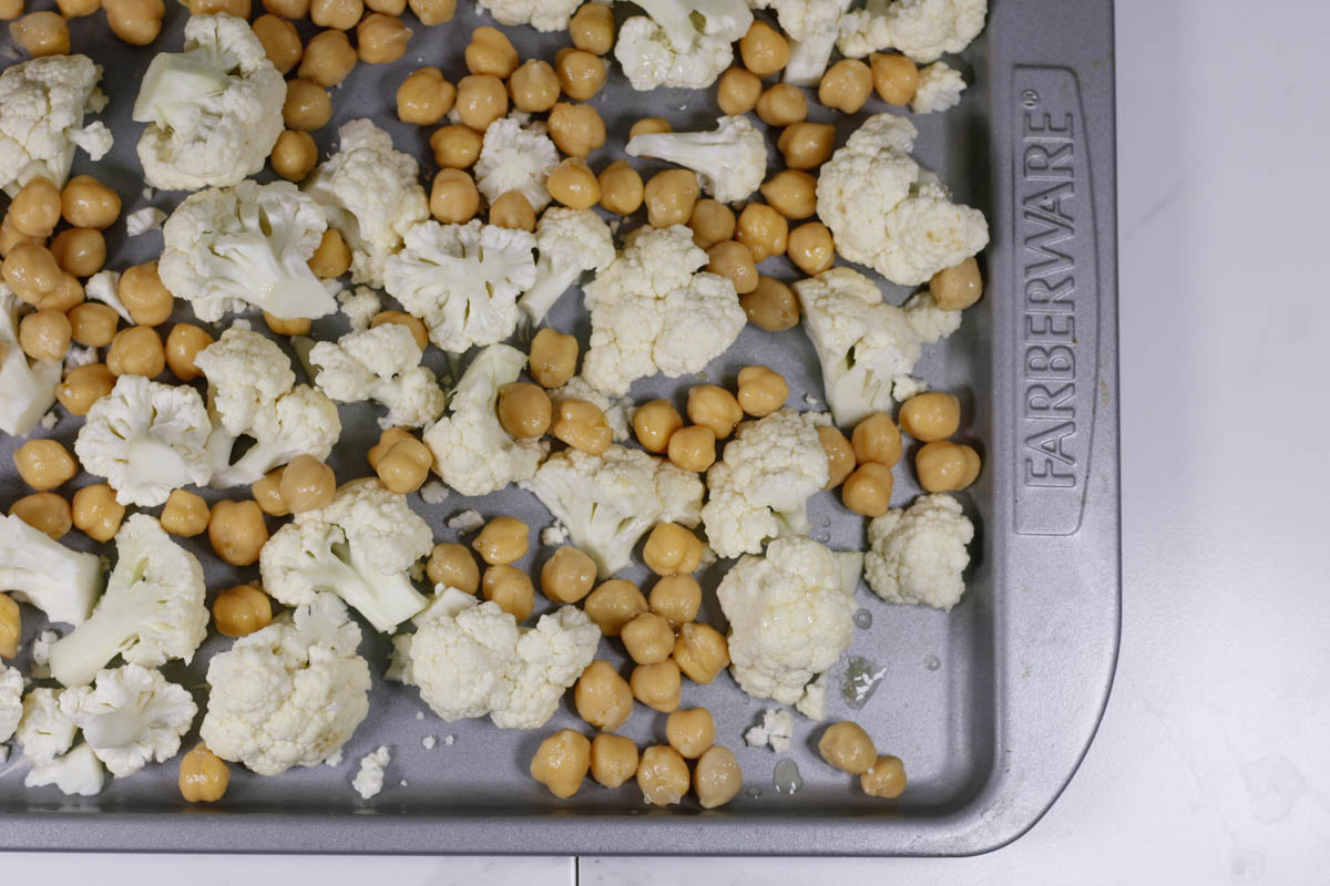 Turmeric Ginger Roasted Cauliflower & Chickpeas - Quartz & Leisure