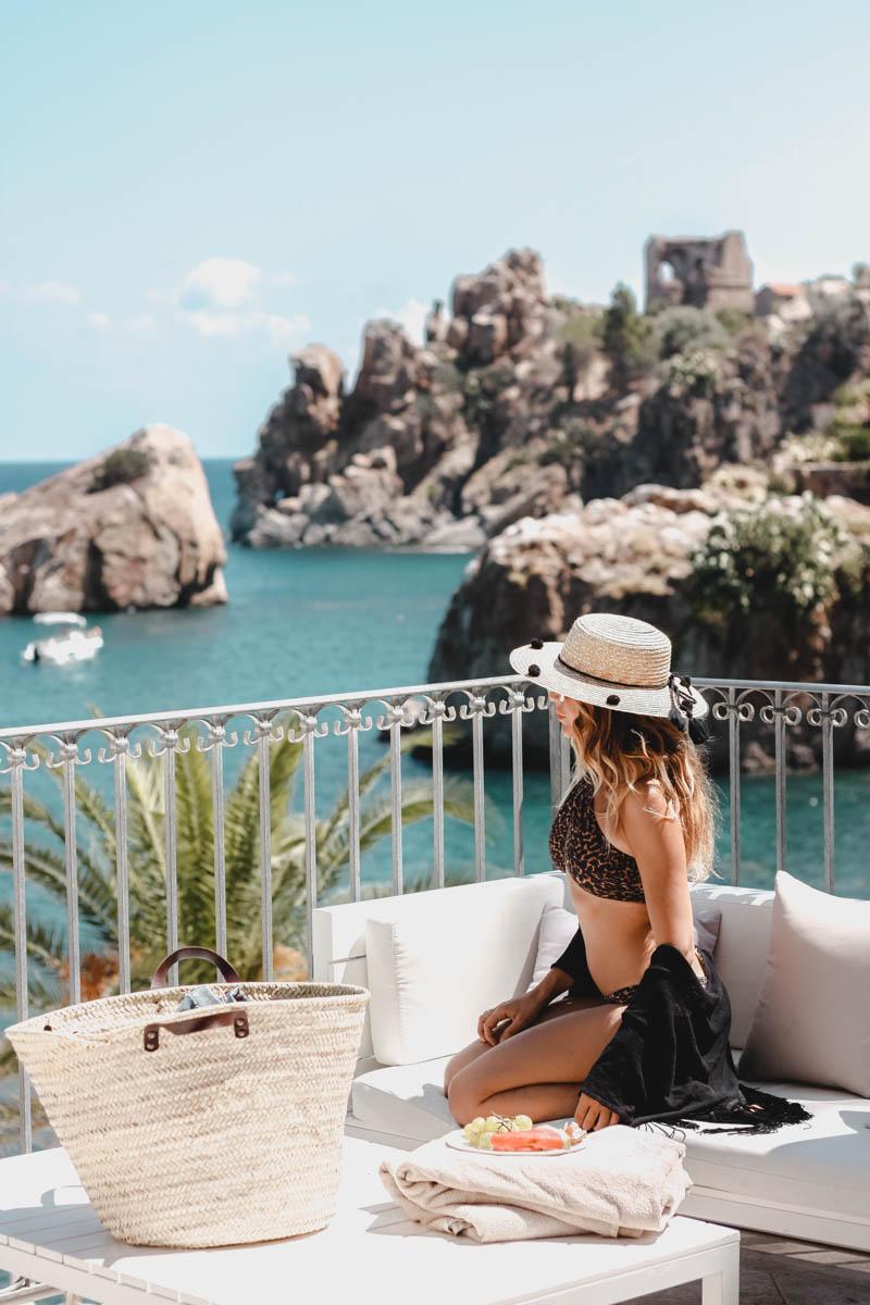 Summer in Sicily with Beach Riot - Quartz & Leisure