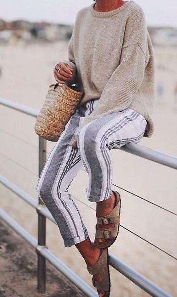 Chunky Sweater Straw Bag